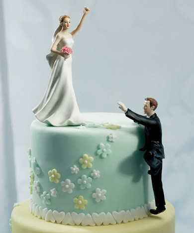 funny-wedding-cake-tops-9