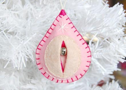 vagina-ornaments-1-e1477059334222